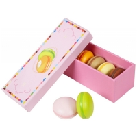 Macaroons in a box